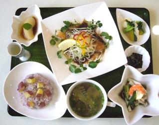 lunch2007.11.JPG