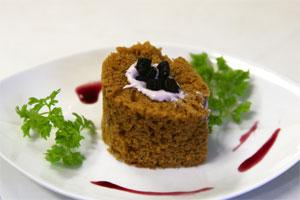 ブルーベリー黒酢のクリームケーキ