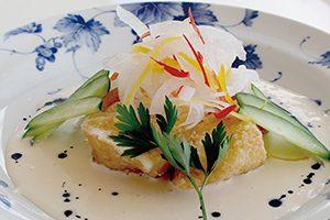 白身魚の鰹黒酢クリームソース仕立て