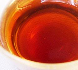長期熟成の壷造り黒酢「桷志田」